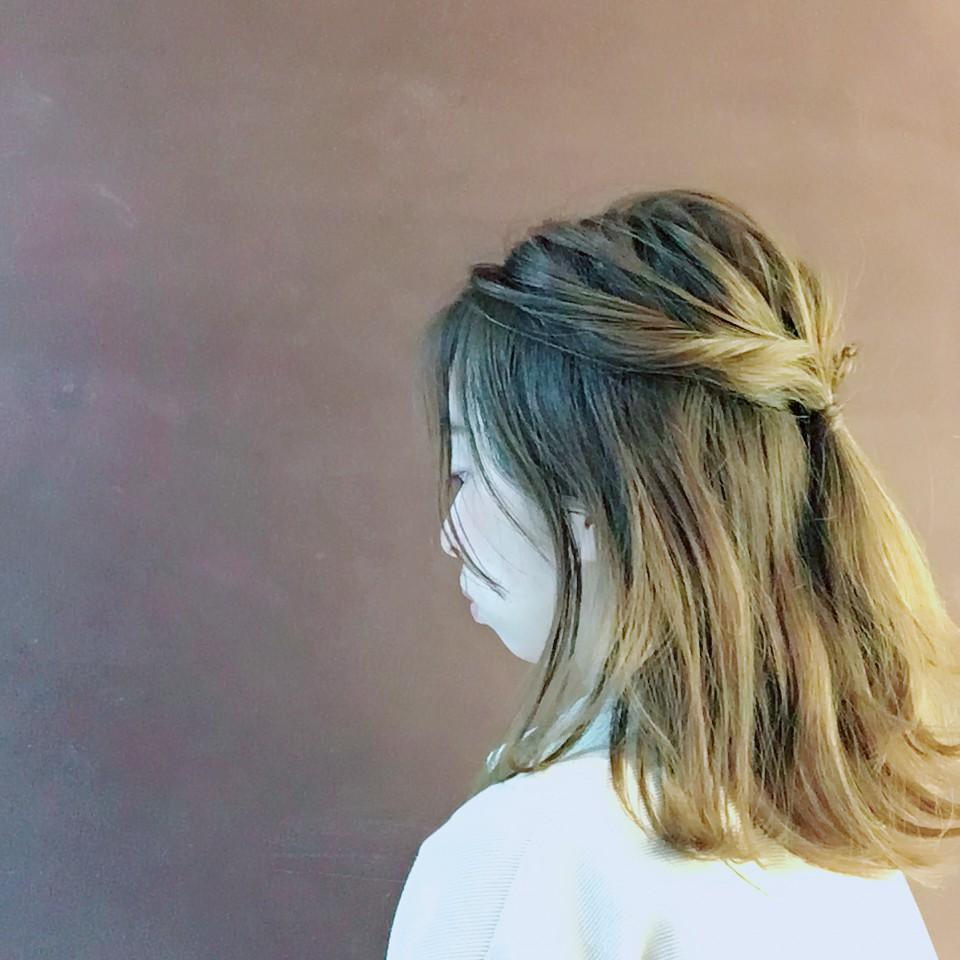 今日は、新学期も始まったり、新生活も始まったり、朝の忙しい時間に、髪型が決まらない、、、、 そんな時に時短でできる簡単なアレンジをご紹介します!